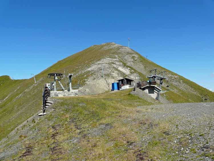 Foto: vince 51 / Wandertour / vom Spullersee auf die Obere Wildgrubenspitze und die Madlochspitze / Madlochjoch- und Spitze mit dem Aufstiegsrücken / 30.04.2011 22:43:32