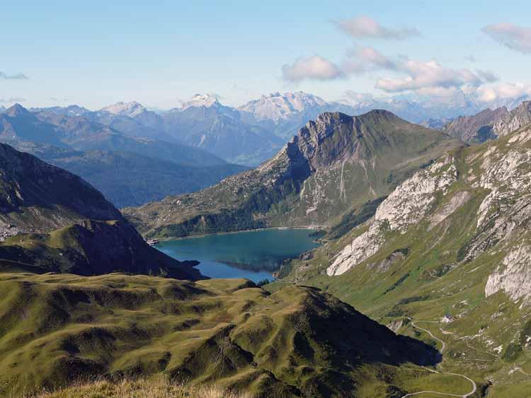Foto: vince 51 / Wandertour / vom Spullersee auf die Obere Wildgrubenspitze und die Madlochspitze / 30.04.2011 23:05:22