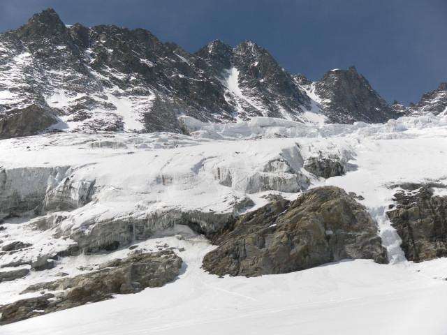 Foto: Wolfgang Lauschensky / Skitour / Glockner Umrundung / Umfahrung / Umrahmung / Pallavicinirinne über Glocknerkees   / 13.05.2011 08:20:54