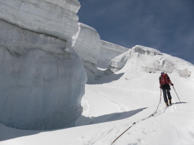 Foto: Wolfgang Lauschensky / Skitour / Glockner Umrundung / Umfahrung / Umrahmung / Durchsteigen der Seraczone / 13.05.2011 08:19:44