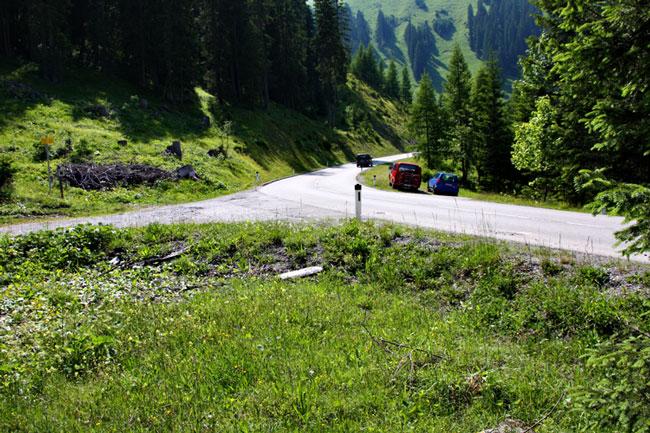 Foto: vince 51 / Wander Tour / durchs Rotlechtal auf den Loreakopf / Parkplatz / 08.06.2011 23:13:29