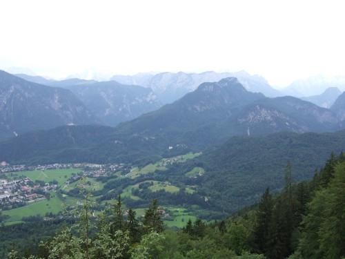 Foto: hofchri / Wandertour / Hochstaufen (1771 m) über Steinerne Jäger (I+) / Panorama im Steig / 09.06.2011 21:39:14