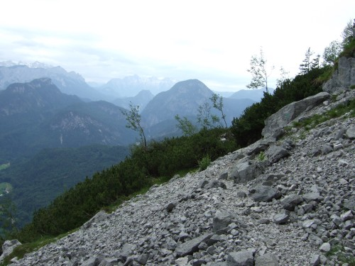 Foto: hofchri / Wandertour / Hochstaufen (1771 m) über Steinerne Jäger (I+) / Schutthalde / 09.06.2011 21:40:51