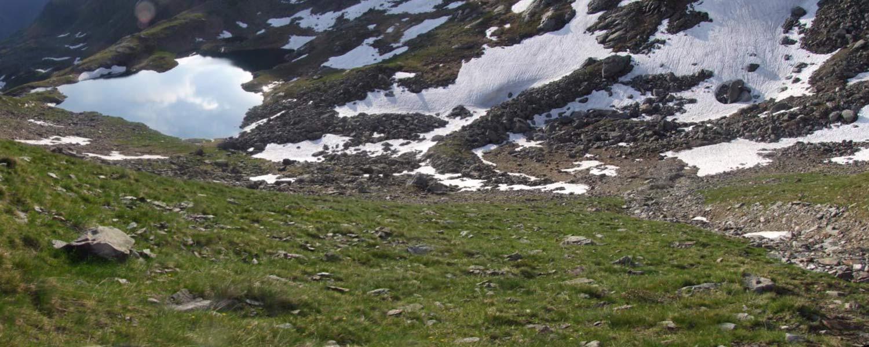 Foto: Datzi / Wandertour / Rundtour über die Wasserfallspitze (Biwak) Aufstieg Herzmaierkar - Abstieg Wildkar / Der Ausstieg aud der Schuttrine (Die Schuttrine am Bild rechts unten) / 18.06.2011 16:10:03