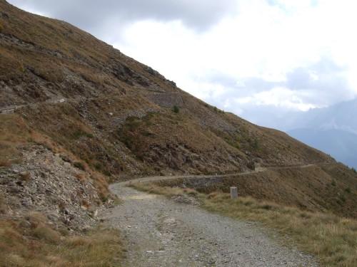 Foto: hofchri / Mountainbiketour / Strickberg (2553 m) und Marchkinkele (2545 m) von Winnebach / viele Kehren sind zu überwinden / 19.06.2011 21:59:25