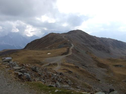 Foto: hofchri / Mountainbiketour / Strickberg (2553 m) und Marchkinkele (2545 m) von Winnebach / Blick zurück zum Strickberg / 19.06.2011 22:00:25