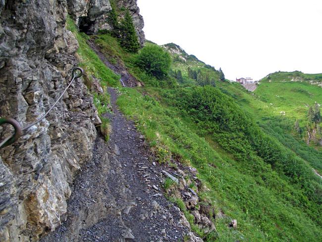 Foto: vince 51 / Wander Tour / Saladinaspitze/Fensterlewand / auf dem Felsensteig / 01.07.2011 22:48:02
