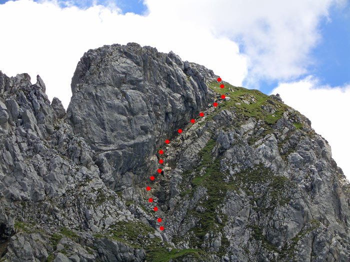 Foto: vince 51 / Wander Tour / Saladinaspitze/Fensterlewand / Gipfel Fensterlewand, die roten Punkte markieren die Auf/Abstiegsroute / 01.07.2011 22:32:33