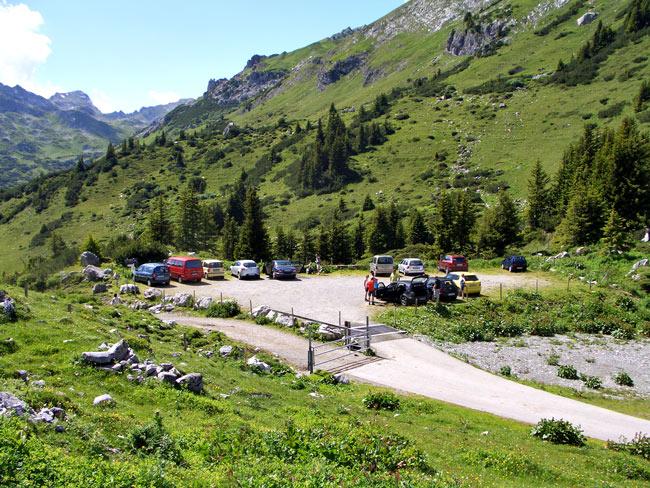 Foto: vince 51 / Wander Tour / Saladinaspitze/Fensterlewand / Parkplatz / 01.07.2011 22:26:35