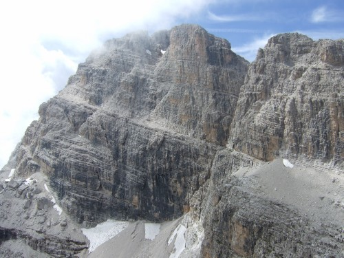 "Foto: hofchri / Klettersteigtour / Brenta-Durchquerung  via ""Sent. Alfredo Benini"" (Bocchette Weg – I. Etappe, 2905 m) / Verlauf des Bandes gut erkannbar / 19.08.2011 14:17:44"