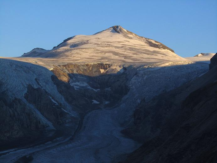 Foto: Andreas Koller / Wandertour / Gletschertour auf den Vorderen Bärenkopf (3250m) / Johannisberg (3463m) / 05.09.2011 23:07:24