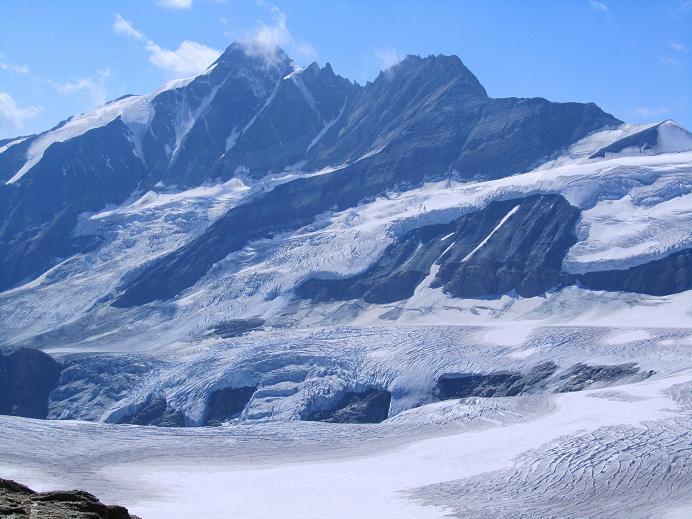 Foto: Andreas Koller / Wandertour / Gletschertour auf den Vorderen Bärenkopf (3250m) / Prachtvoll zeigt sich der Großglockner (3798m) / 05.09.2011 22:54:59