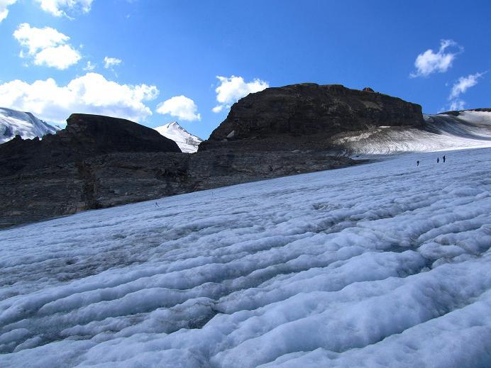 Foto: Andreas Koller / Wandertour / Gletschertour auf den Vorderen Bärenkopf (3250m) / Rückblick zum Großen Burgstall / 05.09.2011 22:52:22