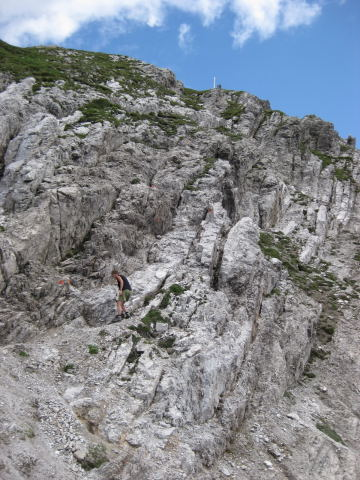 Foto: Wolfgang Lauschensky / Wandertour / Kuhljochspitze oder Kuhlochspitze 2297m / bänderartige Felsstufen zum Gipfel / 17.11.2011 12:33:54