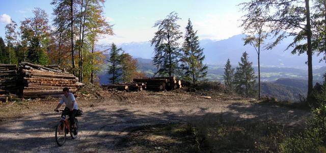 Foto: Wolfgang Lauschensky / Mountainbiketour / Schwarzenberg  1334m / schattige Auffahrt / 17.12.2011 13:24:04