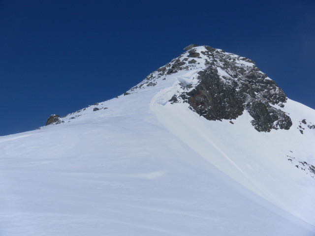 Foto: Wolfgang Lauschensky / Ski Tour / Riegelkopf – stille Alternative zum Hochgasser / am Südgratrücken / 06.04.2012 16:11:59