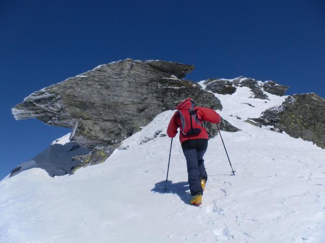 Foto: Wolfgang Lauschensky / Ski Tour / Riegelkopf – stille Alternative zum Hochgasser / am Gipfelblockgrat / 06.04.2012 16:11:42
