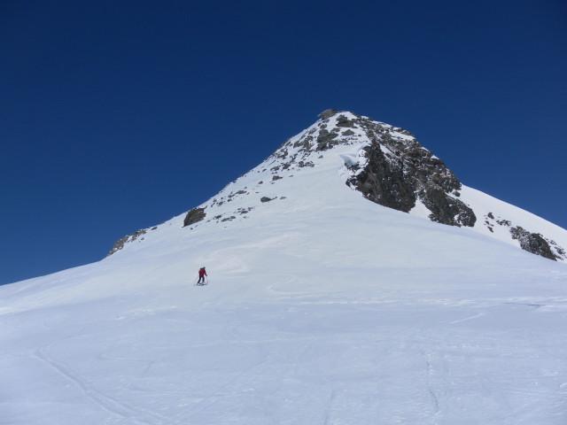 Foto: Wolfgang Lauschensky / Ski Tour / Riegelkopf – stille Alternative zum Hochgasser / Abfahrt vom Riegelkopf / 06.04.2012 16:11:12