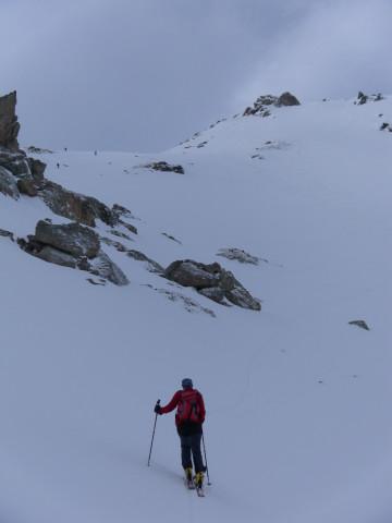 Foto: Wolfgang Lauschensky / Skitour / Lackenspitze 2459m / Anstieg zur linken Scharte / 01.02.2012 17:06:06
