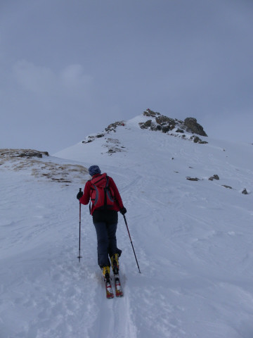 Foto: Wolfgang Lauschensky / Skitour / Lackenspitze 2459m / Gratabflachung vor dem Gipfelhang / 01.02.2012 17:05:42