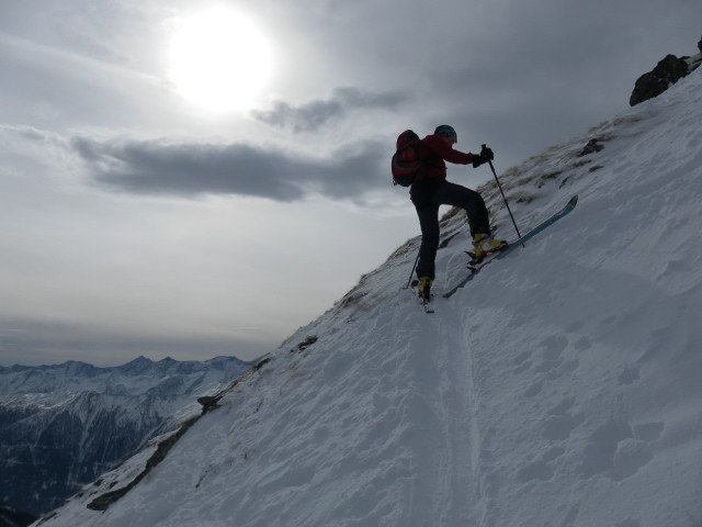 Foto: Wolfgang Lauschensky / Skitour / Lackenspitze 2459m / aufsteilender Gipfelhang / 01.02.2012 17:05:26