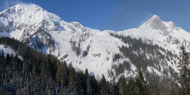 Foto: Wolfgang Lauschensky / Skitour / Scheiblingstein 2197m (hohe Variante aus dem Pyhrgasgatterl) / Südseite von Pyhrgas und Scheiblingstein / 23.02.2012 14:56:19