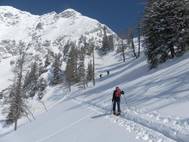 Foto: Wolfgang Lauschensky / Skitour / Scheiblingstein 2197m (hohe Variante aus dem Pyhrgasgatterl) / Karanstieg / 23.02.2012 14:55:43