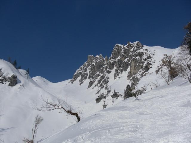 Foto: Wolfgang Lauschensky / Skitour / Scheiblingstein 2197m (hohe Variante aus dem Pyhrgasgatterl) / Abfahrtsgelände östlich der Langen Gasse / 23.02.2012 14:49:35