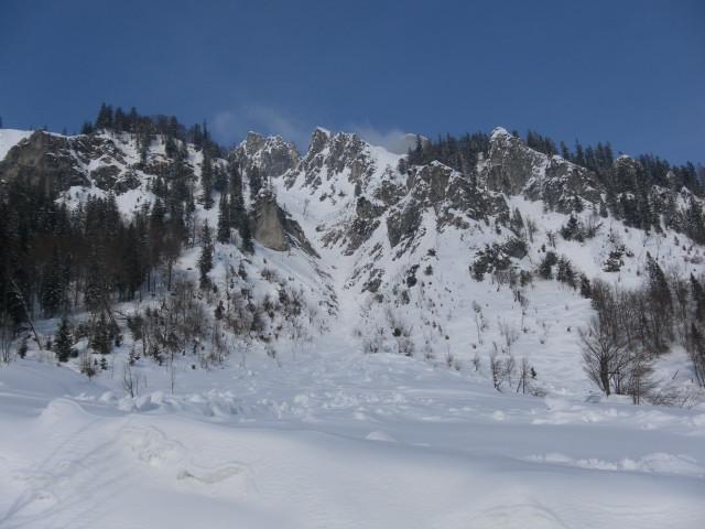 Foto: Wolfgang Lauschensky / Skitour / Scheiblingstein 2197m (hohe Variante aus dem Pyhrgasgatterl) / Rückblick Abfahrtsvariante / 23.02.2012 14:49:11