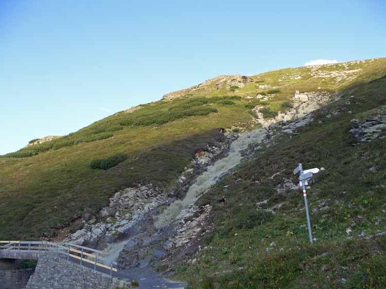 Foto: vince 51 / Wandertour / Von der Bielerhöhe auf den Vermuntkopf  / Überleitung Bieltalbach / 04.05.2012 21:41:22