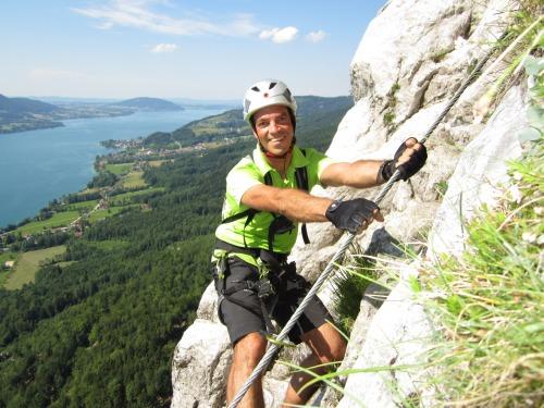 """Foto: hofchri / Klettersteigtour / Mahdlgupf (1.261 m) über """"Attersee-Klettersteig"""" / Aufschwung zur Hühnerleiter / 26.06.2012 19:56:42"""