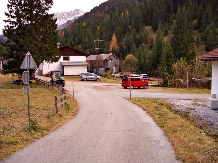 Foto: vince 51 / Wandertour / Reuttener Höhenweg / Parkplatz in Rinnen-Rauth / 11.07.2012 22:38:31