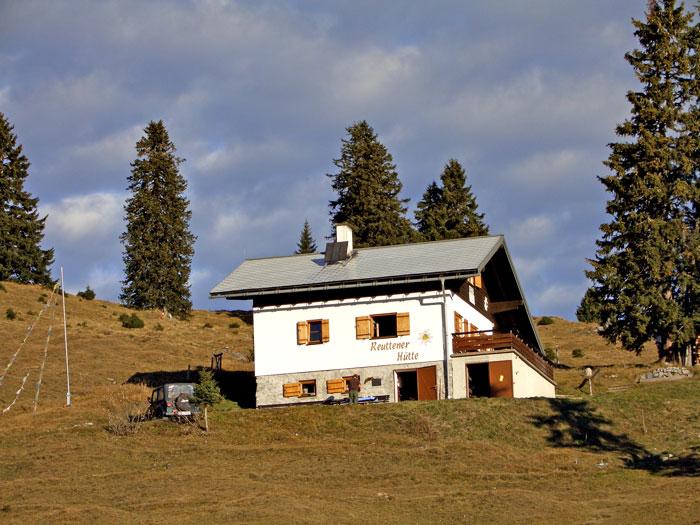 Foto: vince 51 / Wandertour / Reuttener Höhenweg / Reuttener Hütte / 11.07.2012 22:36:03