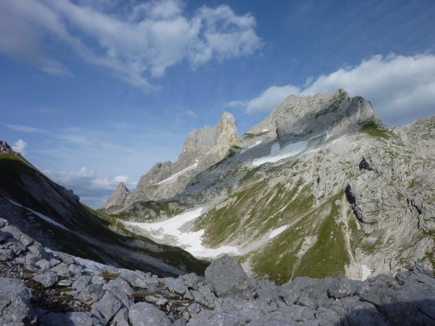 Foto: Manfred Karl / Wandertour / Mitterkogel über den Steiglpass / Bischofsmütze - Armkarwand / 15.07.2012 21:54:45