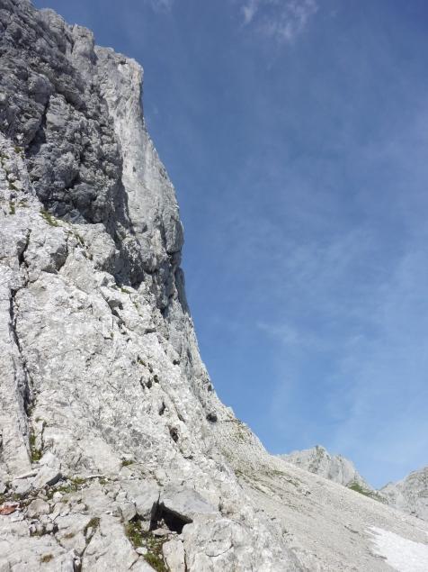 Foto: Manfred Karl / Wandertour / Mitterkogel über den Steiglpass / Querung unterhalb vom Eisgrubenturm / 15.07.2012 21:53:00