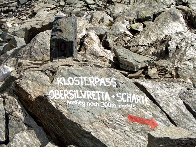 Foto: vince 51 / Wandertour / Sonntagsspitze / Am Winterjöchle, die WW sind aufgemalt / 31.08.2012 20:49:56