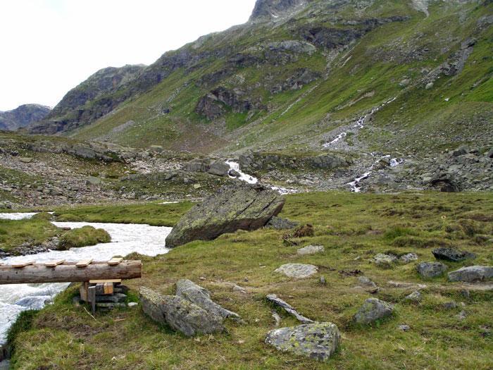 Foto: vince 51 / Wandertour / Sonntagsspitze / Hier zwischen Bach und Felsen ansteigen und oben wieder links / 31.08.2012 20:39:43