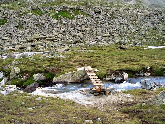 Foto: vince 51 / Wandertour / Sonntagsspitze / nach dieser Brücke links / 31.08.2012 20:37:03