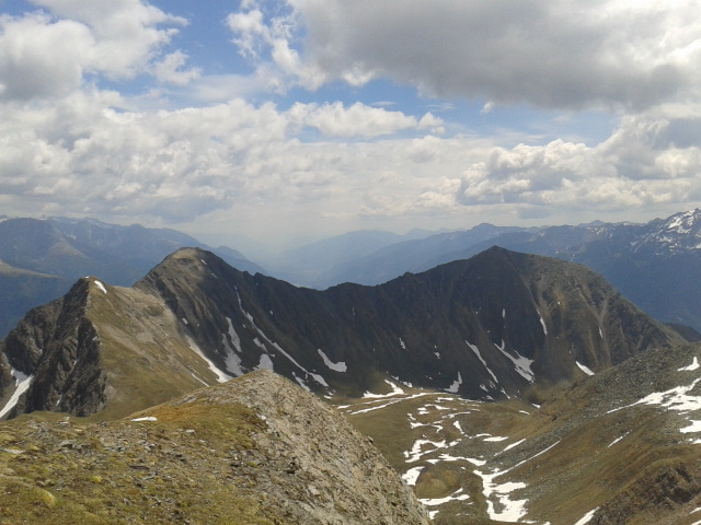 Foto: Maximilian Klammer / Wandertour / Böseck  / Der Abstiegsweg verläuft über den Grat / 29.09.2012 11:18:15