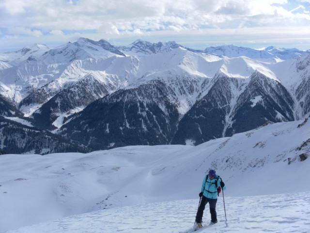 Foto: Wolfgang Lauschensky / Skitour / Mislkopf über Mislböden    / Südseite des Navistales / 19.02.2013 18:00:26