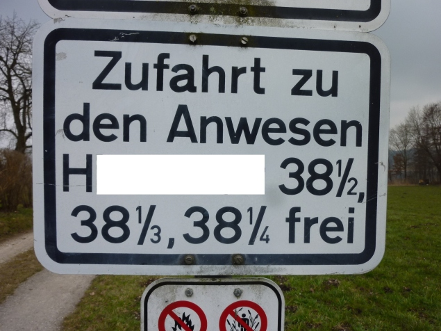 Foto: Manfred Karl / Wandertour / Tachinger See Ostuferweg / Hausnummern einmal anders / 11.04.2013 21:30:28