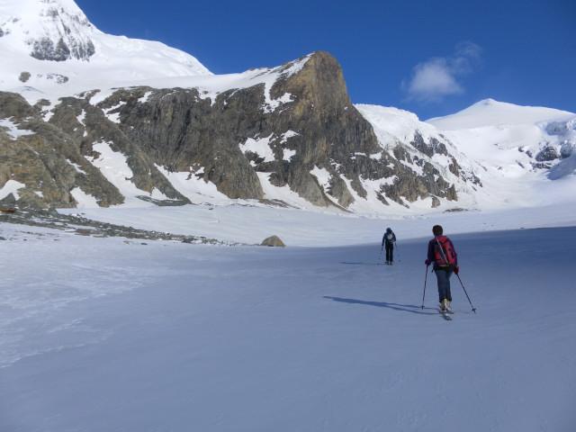 Foto: Wolfgang Lauschensky / Skitour / Kleiner Burgstall (2709m bzw.  2718m) / Pasterzenzungenquerung vor Kleinem Burgstall / 25.05.2013 10:45:06