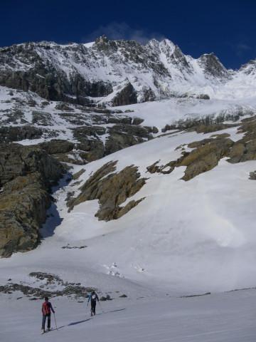 Foto: Wolfgang Lauschensky / Skitour / Ödenwinkelschartenkopf  (3261m) / Zustieg zur Rinne vor der Glocknerwand / 25.05.2013 11:29:02