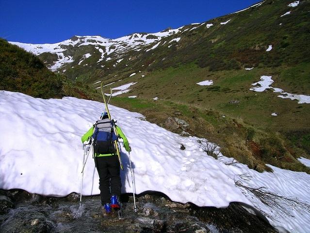 Foto: Andreas Koller / Ski Tour / Jägerspitze aus dem Riedingtal (2508m) / 31.05.2013 15:13:12