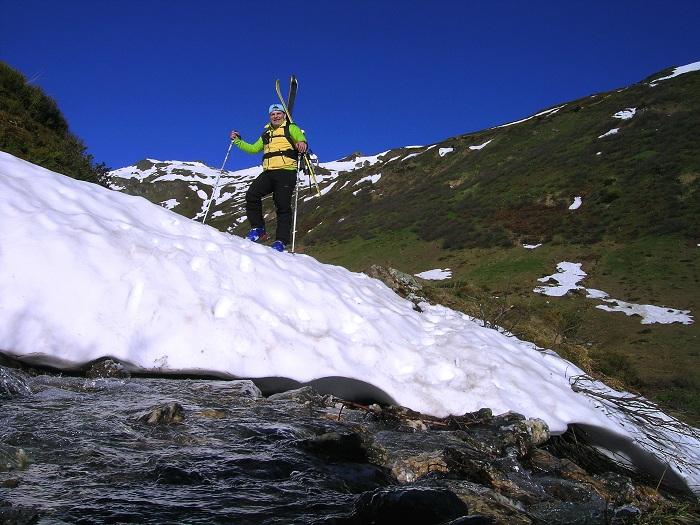 Foto: Andreas Koller / Ski Tour / Jägerspitze aus dem Riedingtal (2508m) / 31.05.2013 15:13:04