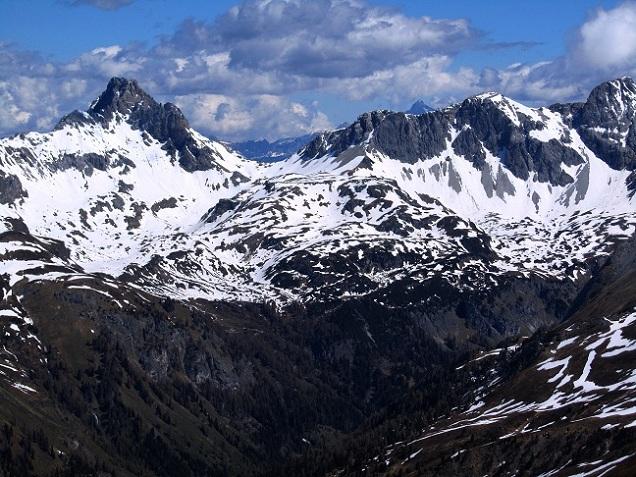 Foto: Andreas Koller / Ski Tour / Jägerspitze aus dem Riedingtal (2508m) / 31.05.2013 15:05:17