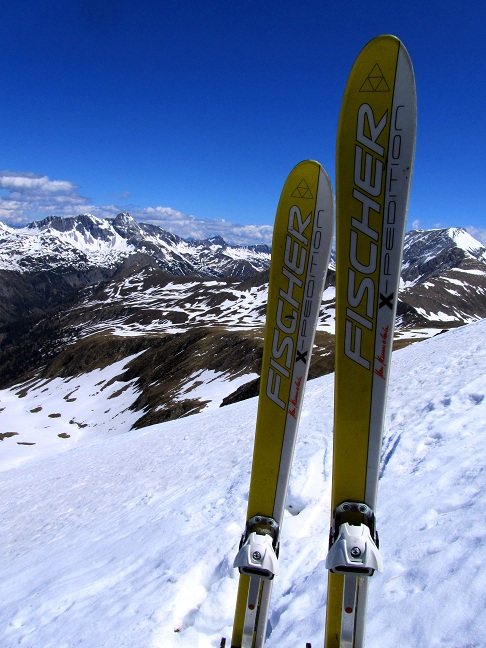 Foto: Andreas Koller / Ski Tour / Jägerspitze aus dem Riedingtal (2508m) / Skidepot / 31.05.2013 15:01:54