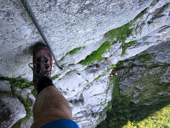 Foto: Andreas Koller / Klettersteigtour / Attersee Klettersteig Mahdlgupf (1261m) / 30.06.2013 15:57:25