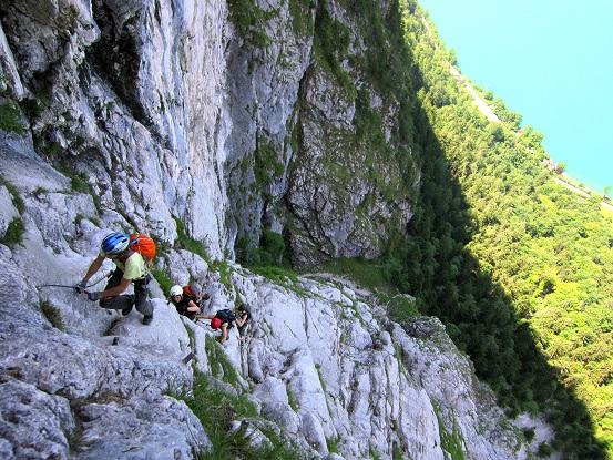 Foto: Andreas Koller / Klettersteigtour / Attersee Klettersteig Mahdlgupf (1261m) / 30.06.2013 15:57:14