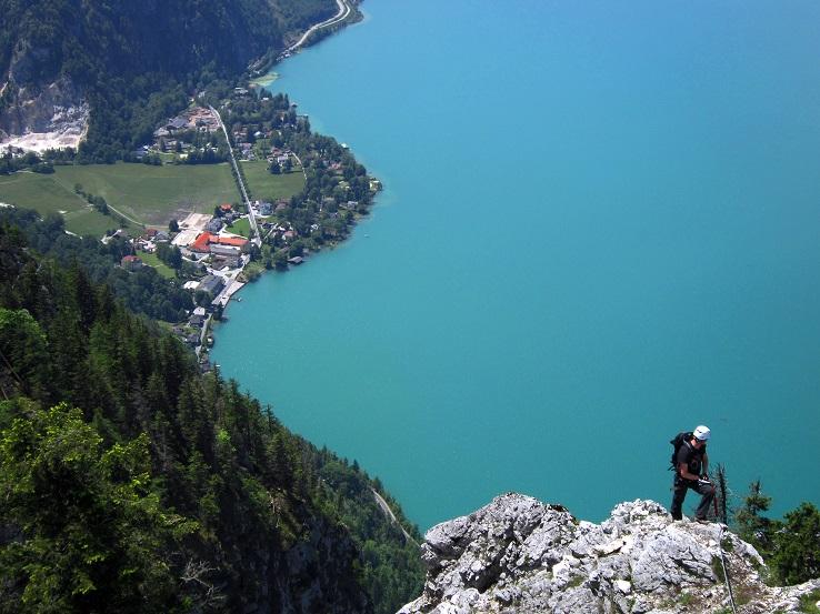 Foto: Andreas Koller / Klettersteigtour / Attersee Klettersteig Mahdlgupf (1261m) / 30.06.2013 15:51:08